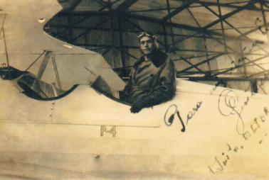 Guillermo Núñez Salvador en la Escuela de Aviación de Latacunga, 1938.